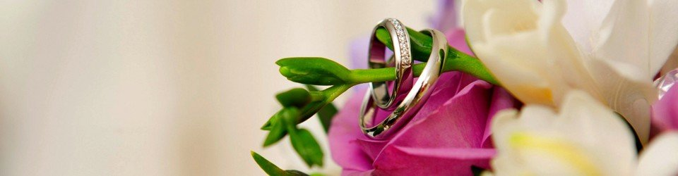 Wedding Rings and Flowers - Say I Do Wedding Fayres